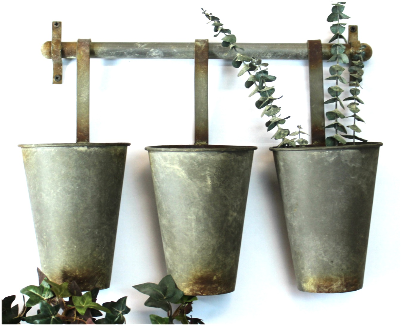 Wall Mounted Aged Tin Metal Garden Buckets Use for Flowers Pencils Storage
