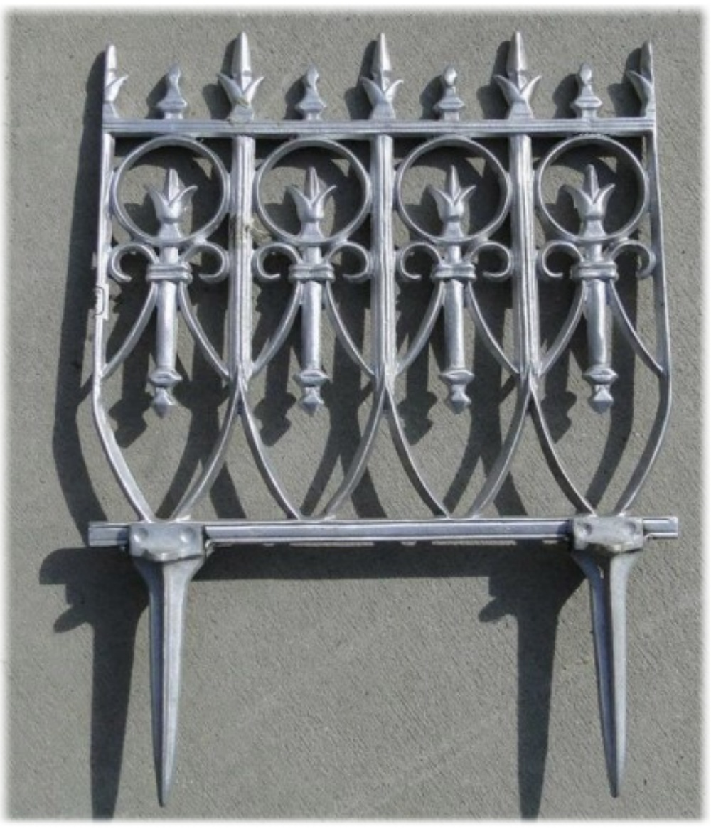 Good ... Victorian Garden Fence Heavy Antique Style Old English Lawn Edging  Aluminum ...