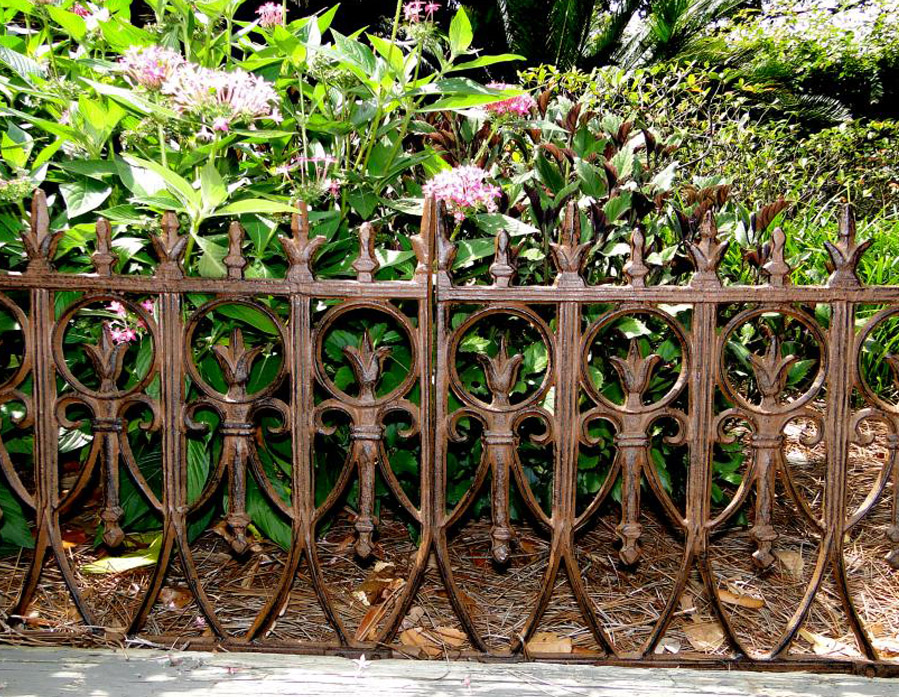 ... Victorian Garden Fence Heavy Antique Style Old English Lawn Edging  Aluminum