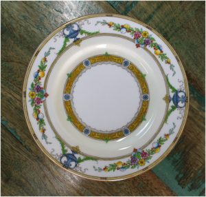 "Minton Helena 6"" Dia. DESSERT Plate Urns Leaves Flowers Gold 1926 Mintons England"