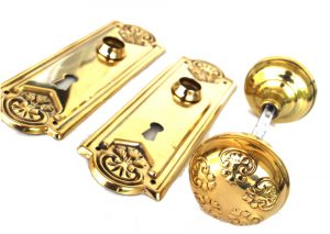 Solid Stamped Brass Passage set with Lovely tulip accents Stunning