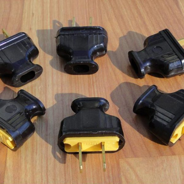 Bakelite Electrical Plugs Antique Vintage Style Made Brand New 6pcs