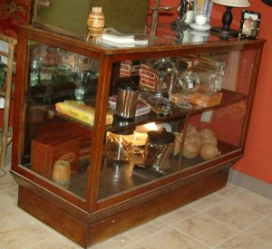 Cigar Humidor Real Antique Commercial Big Old Wood Display Humidifier Vintage