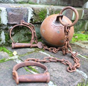 Antique YUMA Replica Cast Iron Rust Finish Jail Cell Prisoner Ball and Chain