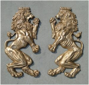 Big Royal English European Lion Crest Wall Art Pair – Painted Non Rust Aluminum