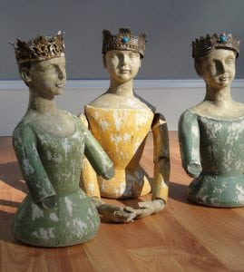 Santos Catholic Cottage Chic Three Kings Queens Bust Statues w Metal Jewel Crown