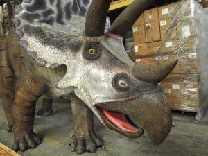 Triceratops Statue Giant Dinosaur Big Life Size Jurassic Park Terra Nova