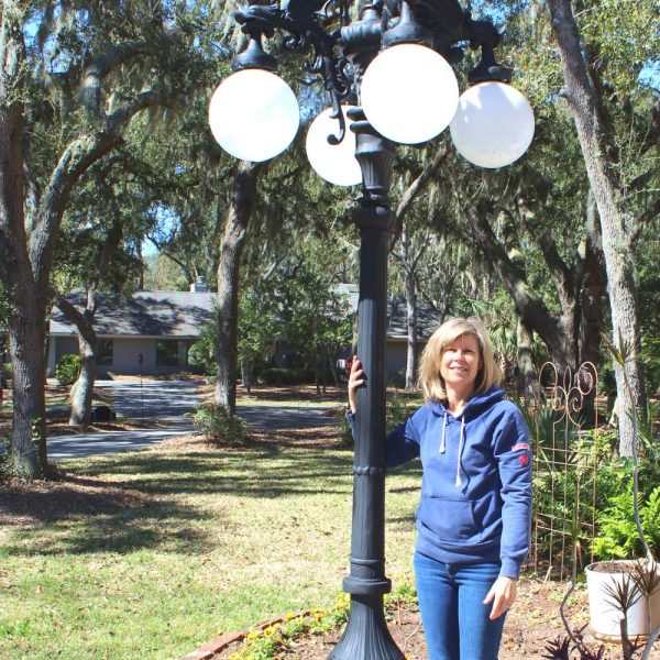 Gargoyle Griffin 10′ Pole Light with Five Shades Commercial Home Garden Street