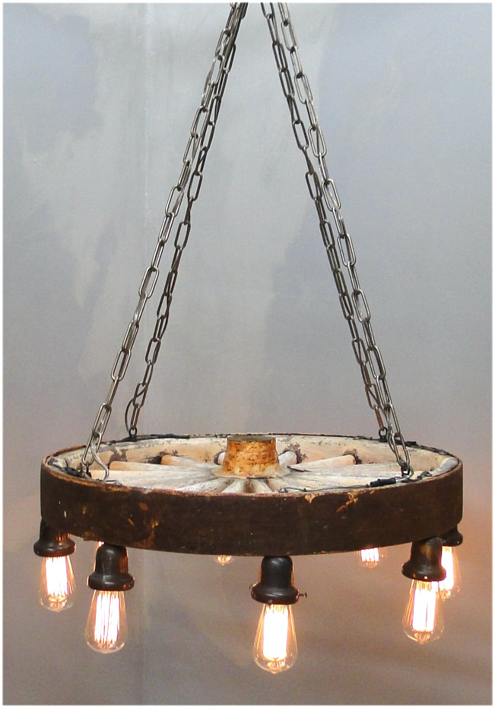 Big antique wooden wagon wheel chandelier wired ready to hang big antique wooden wagon wheel chandelier wired ready to hang ornginal arubaitofo Image collections