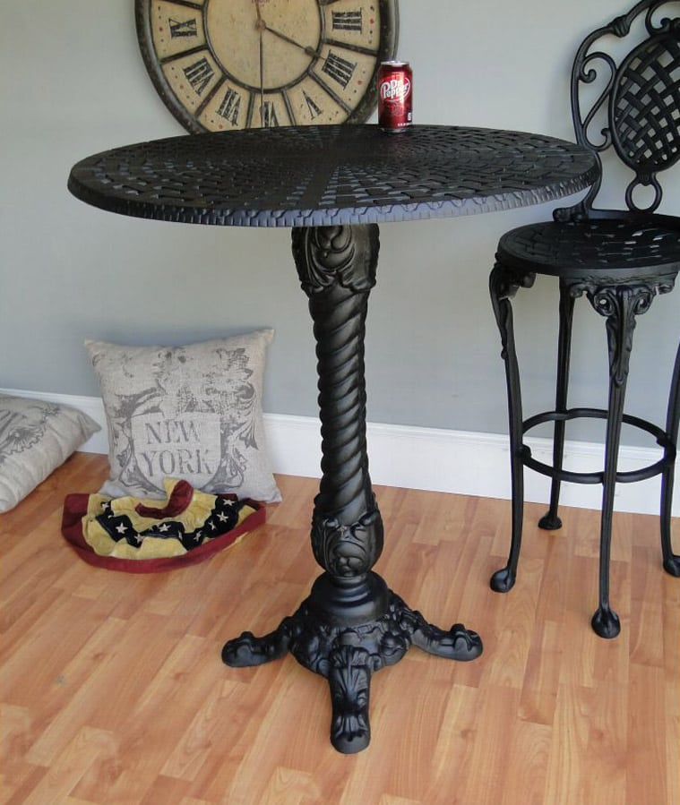Outdoor Victorian Table: Pair Bar Top Tables Cafe Coffee Shop Restaurant Porch