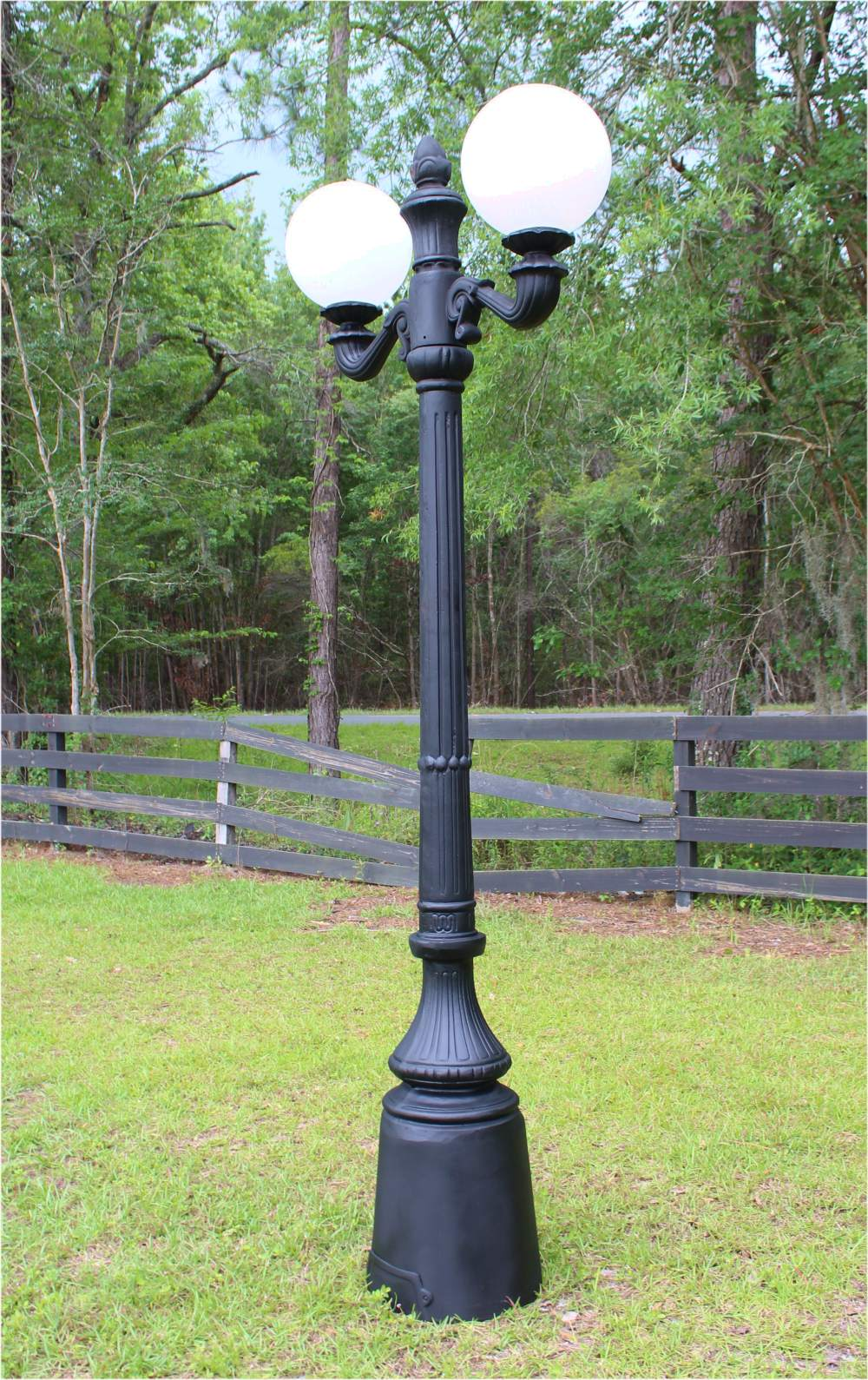 Garden Commercial Pole Light With Two Arms Acorn Or Ball