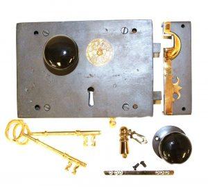 Wrought Iron Right Hand Carpenters Rim Lock Old Home Restoration Black Knobs