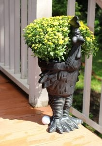 Road Runner Chicken Garden Storage Metal Urn Cute Standing Bird Adorable