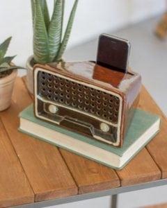 Retro Style Ceramic Transistor Radio Smartphone Speaker