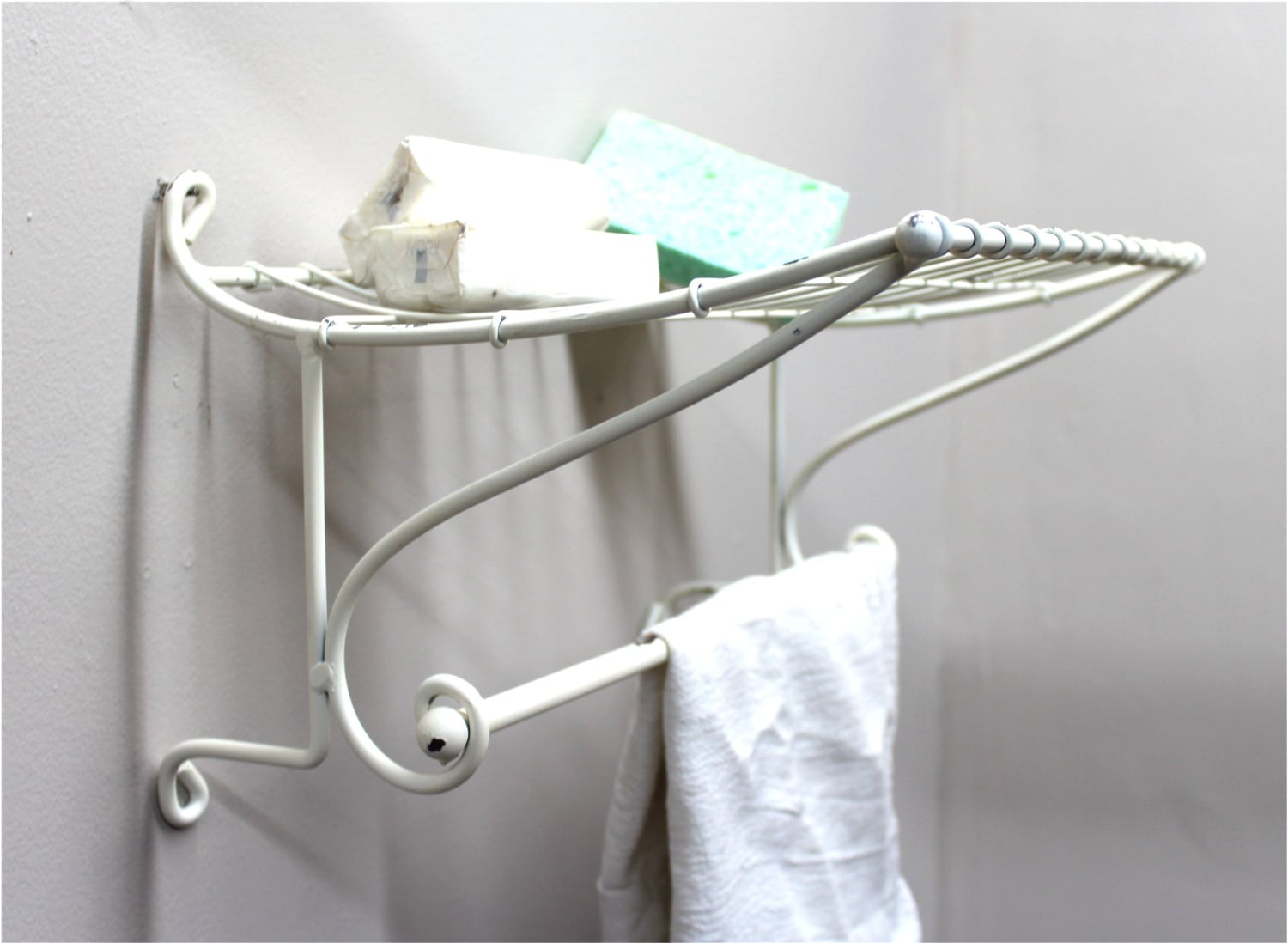 suppliers towel real stainless estate alibaba showroom rack with construction wholesale shelf steel double