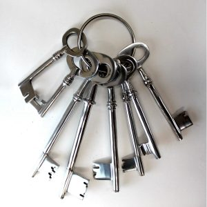 Giant Set of Jail Cell Vintage Style Keys on Ring Shiny Silver Polished Finish