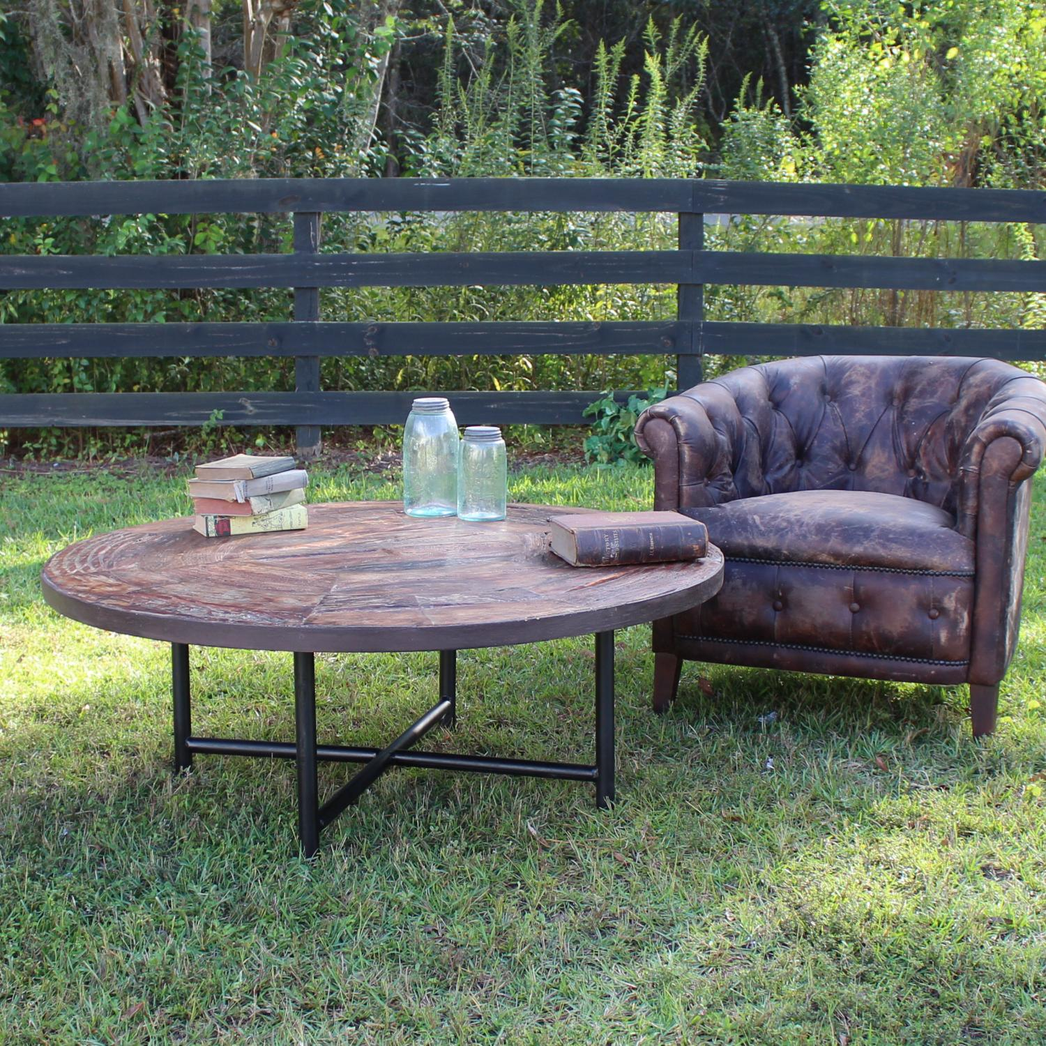 Round Coffee Table From Recycled Vintage Wood Wagon Wheel Designer Choice The Kings Bay