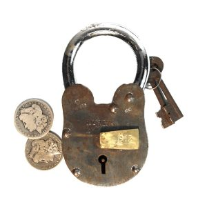 RMS Titanic Padlock Rusty Antique Style Treasure Chest Lock 2 lbs 6 inches Tall
