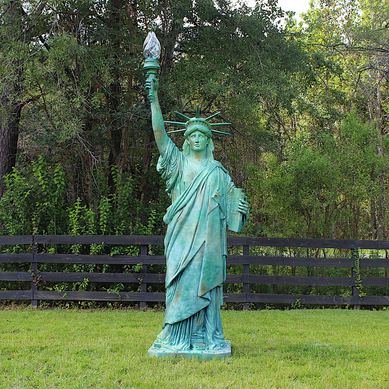 Statue Of Liberty Big Sculpture Wired With Glass Flame Shade