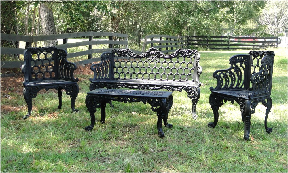 Fabulous Garden Bench Set Two Side Chairs One Bench And One Table Vintage Victorian Style Machost Co Dining Chair Design Ideas Machostcouk