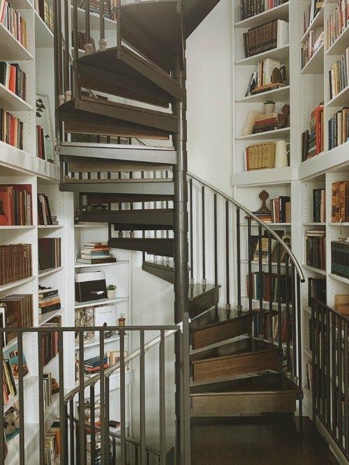 Bookshelf Decorating Tips