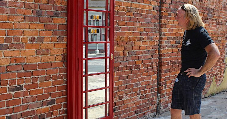 """British Red <mark class=""""searchwp-highlight"""">Phone Booth</mark> Box Door Front Mirror English Old Style The Kings Bay"""
