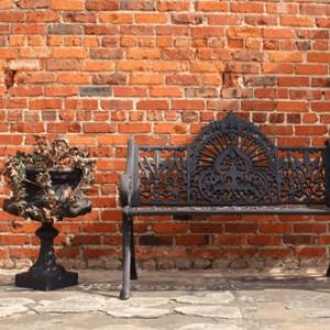 Garden Furniture / Decor